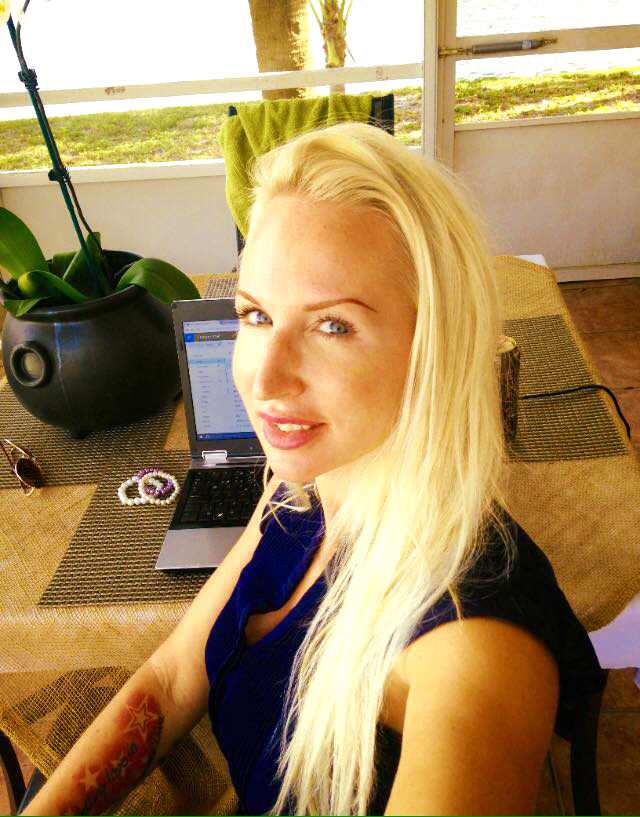 Stina Pettersson - Founder and owner of Make a Living from Home in 2017