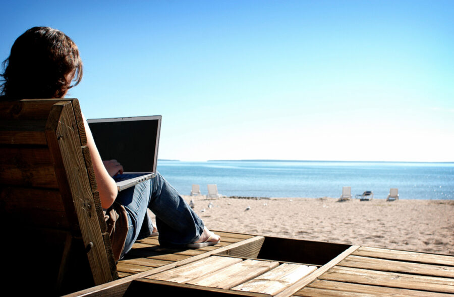Top Work from Home Jobs in 2017 - Make a Living from Home in 2017